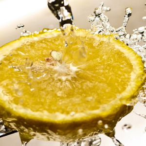w500h500_723513-lemon-juice
